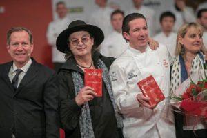 Michelin 2018 : Marc Veyrat et Christophe Bacquié décrochent 3 étoiles dans le guide 2018